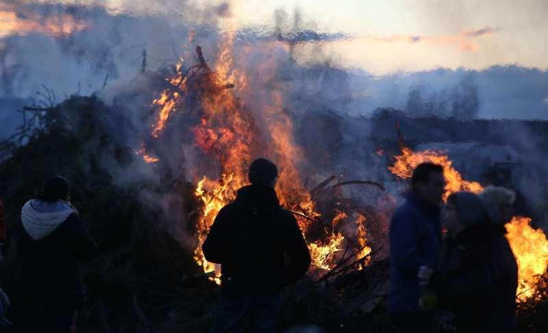 Osterfeuer in unserer Gemeinde