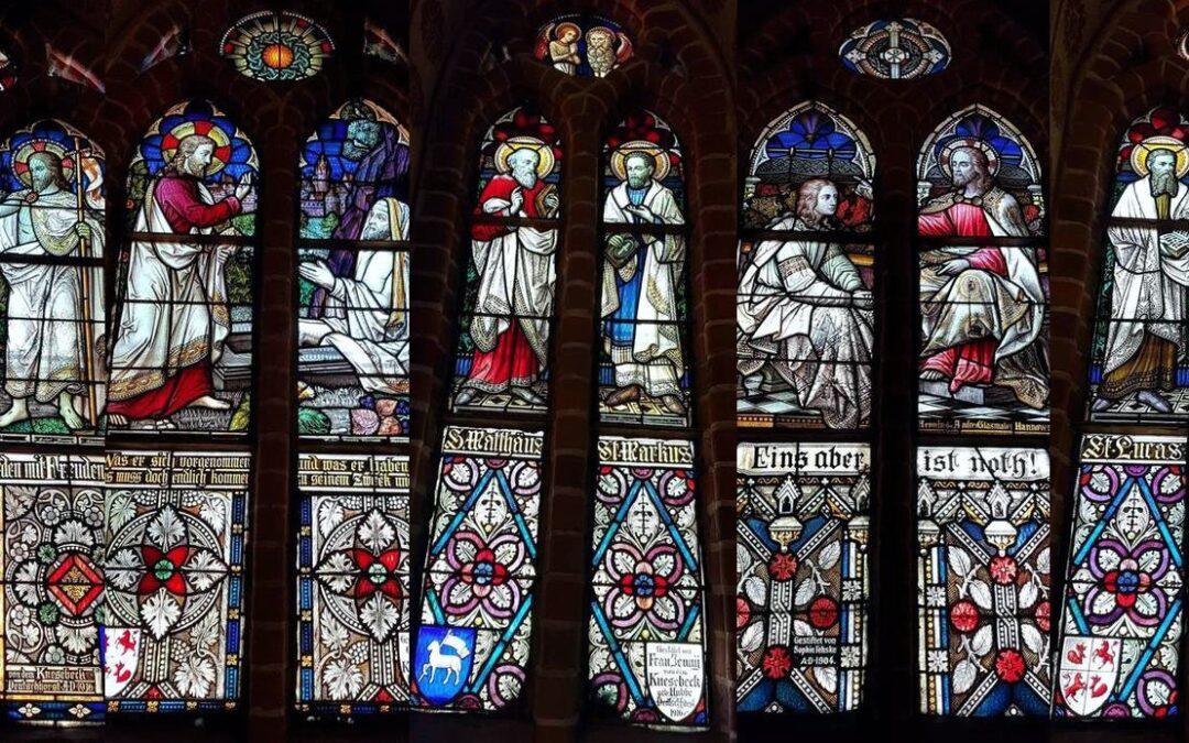 Biblische Geschichten im Fenster